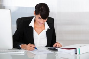 Prowadzenie księgi przychodów i rozchodów cena za pracę